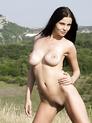 Showy Beauty  Samantha  Outdoor, Tits, Breasts, Boobs, Ass, Pussy, Babes, Amazing, Teens