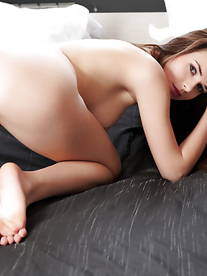 Errotica-Archives  Jasna  Beautiful, Ass, Natural, Softcore, Erotic, Pussy